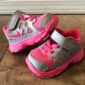 Baby girl nike tennis shoes size 3